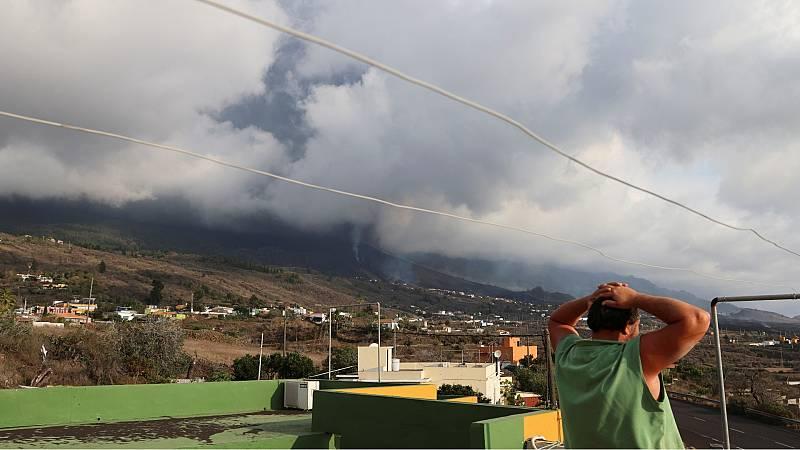 La explosividad del volcán provoca nuevos desalojos