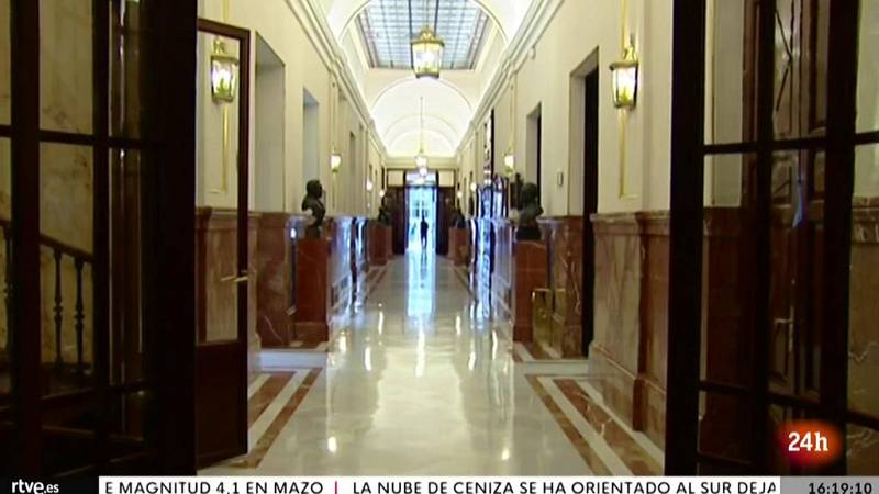 Parlamento - El foco parlamentario - El TC anula la suspensión de actividad del Congreso - 09/10/2021