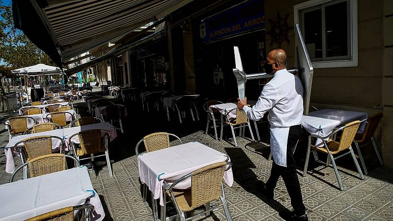 Cataluña eliminará los límites de aforo en hostelería desde este viernes