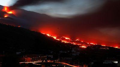 Un mes conviviendo con el volcán en erupción