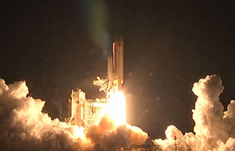 El Transbordador Endeavour parte a la Estación Espacial Internacional