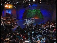 Miguel Bosé interpreta 'Bambú' en 1991 en 'Viva el espectáculo'