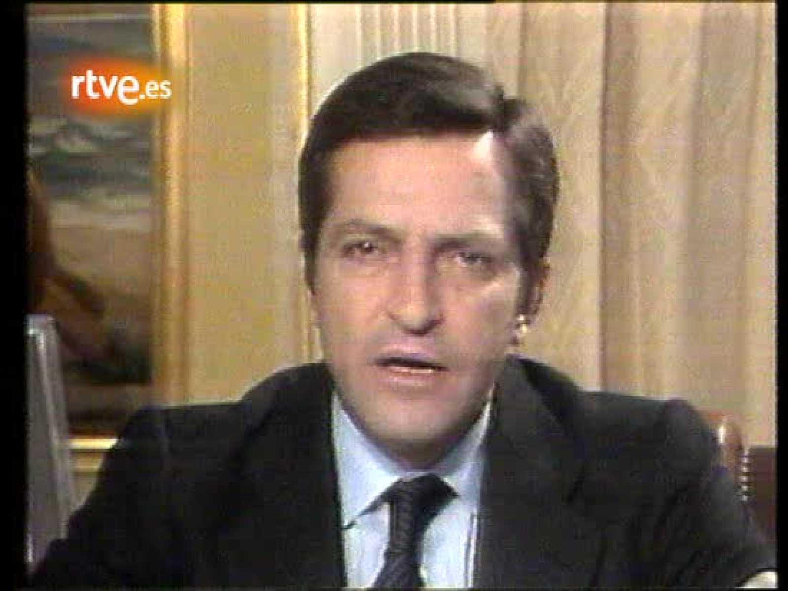 Dimisión de Suárez en 1981