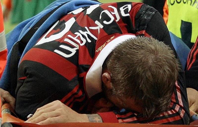 El futbolista inglés del Milan se ha roto el tendón de aquiles y dice adiós al Mundial de Sudáfrica y a entrar en la historia como el primer inglés en jugar cuatro mundiales con la selección.