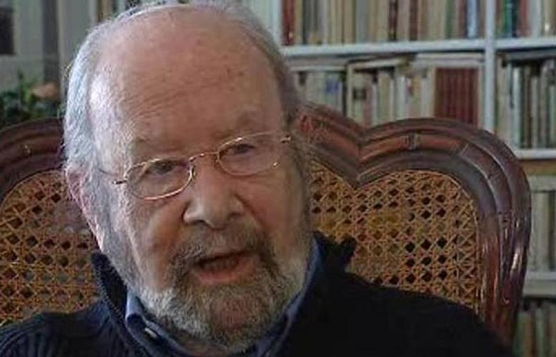 El programa La 2 Noticias  ha entrevistado al poeta José Manuel Caballero Bonald, una de las grandes voces de la poesía española y uno de los últimos supervivientes de la llamada Generación de 1950.