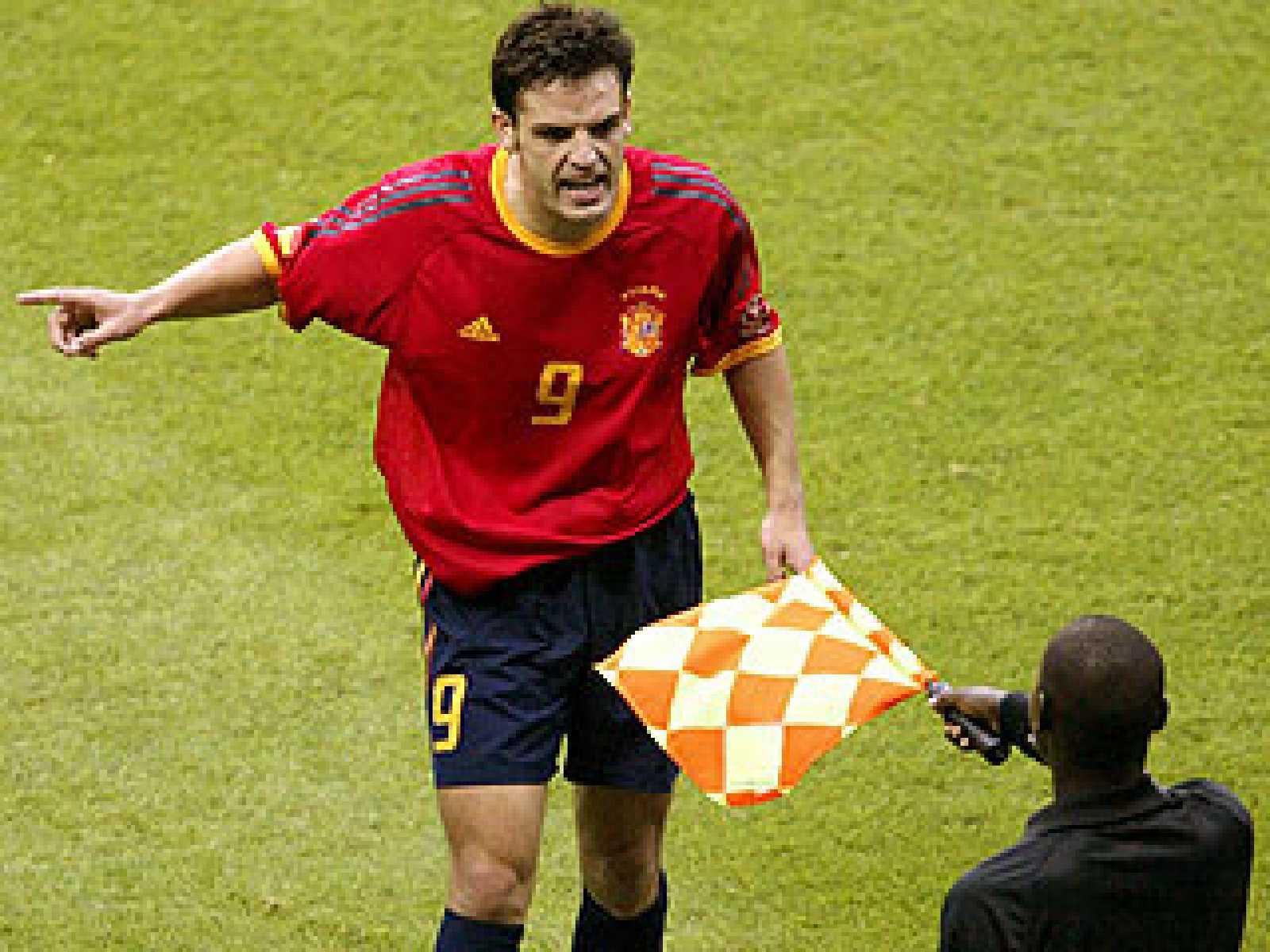 La selección española fue eliminada de manera injusta por la selección anfitriona de Corea. Las decisiones arbitrales fueron cruciales y en la lotería de los penaltis la suerte volvió a dar la espalda a los jugadores españoles.