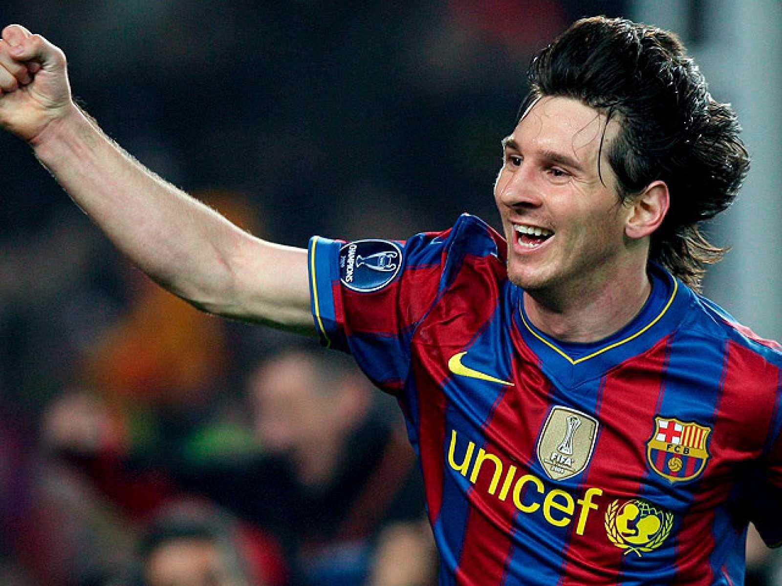 Un partido excepcional de Messi, que ha marcado los cuatro goles de su equipo, permite al Barcelona eliminar al Arsenal y alcanzar las semifinales, en las que se enfrentará al Inter de Milán.