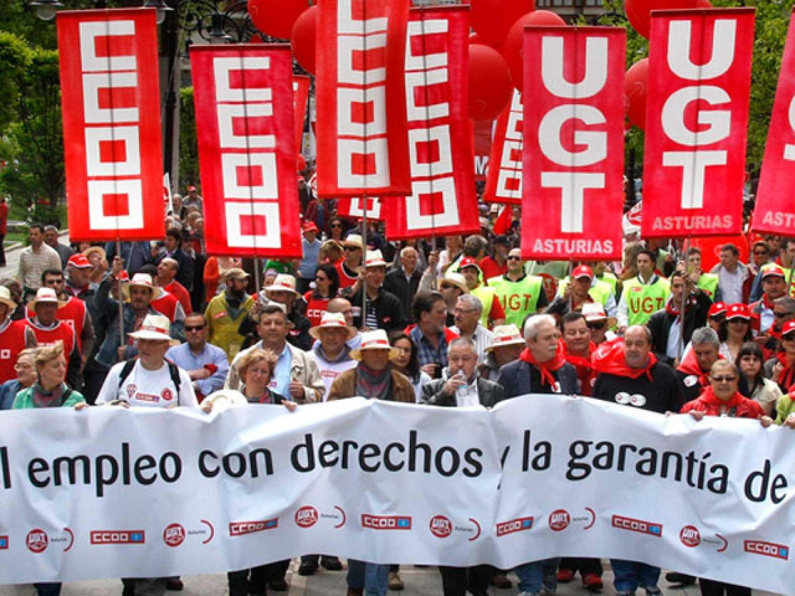 UGT y CCOO piden empleo de calidad y rechazan los recortes sociales contra la crisis