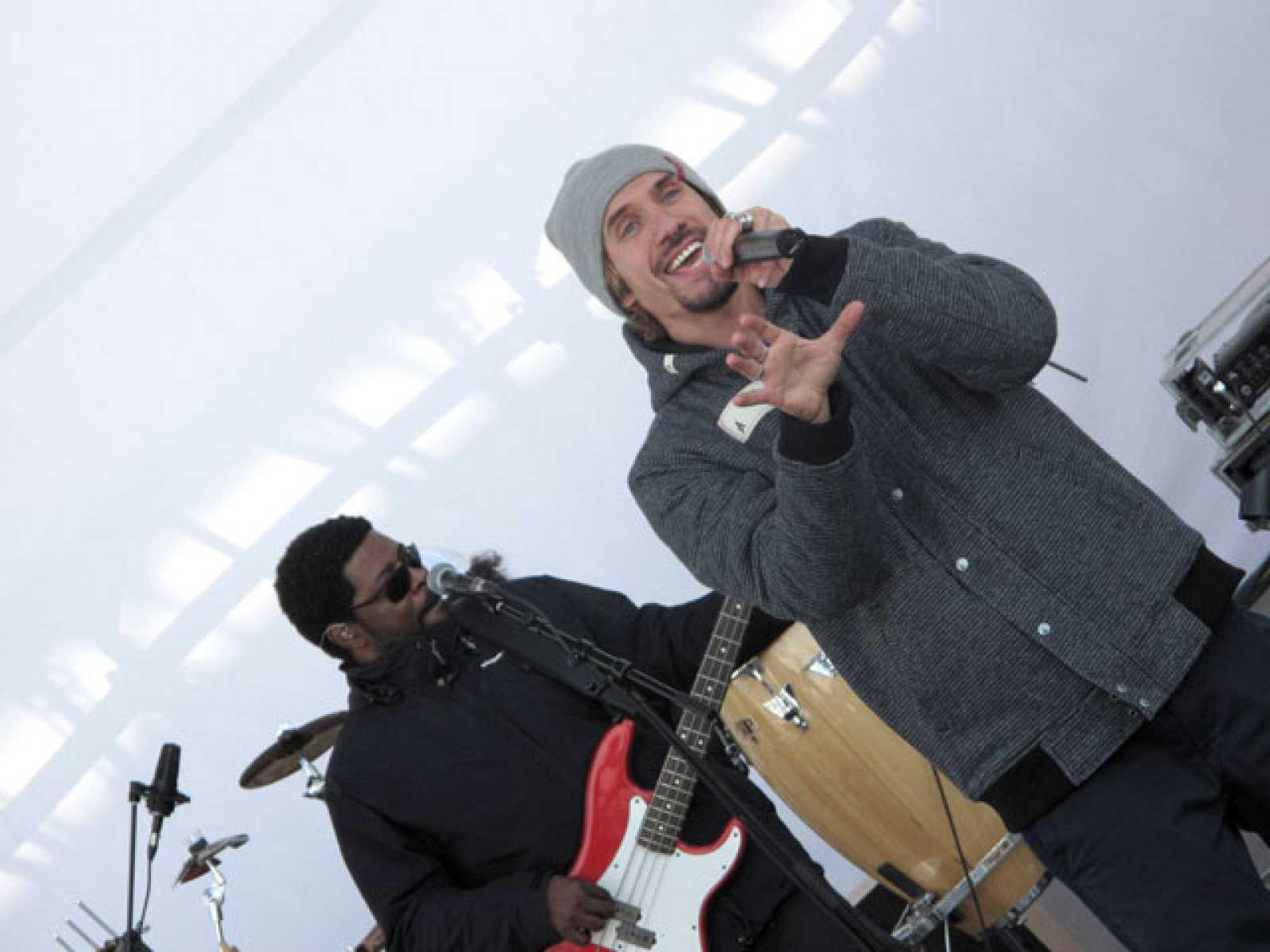 Miniconcierto y entrevista con Macado en la Ciudad del Rock