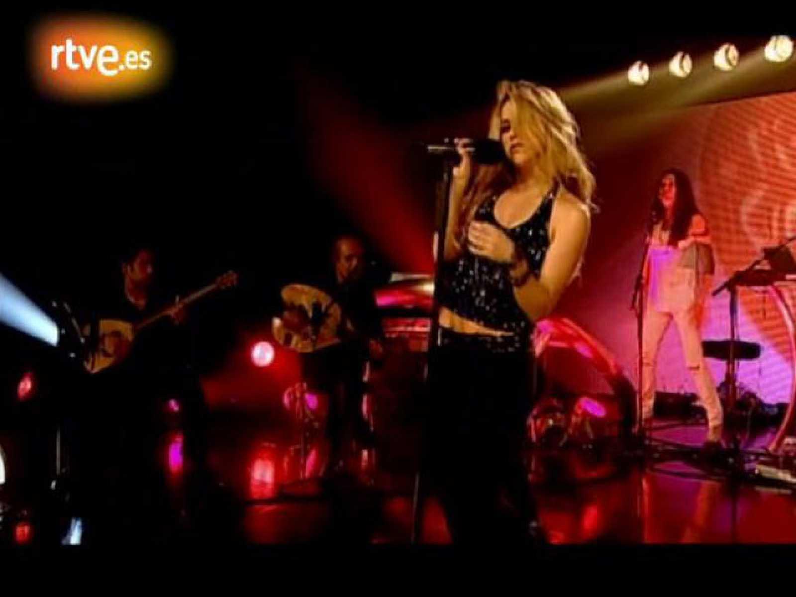 Shakira desenchufada 'Why Wait'