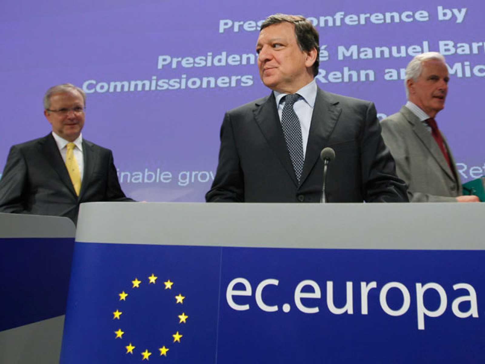 La Comisión Europea quiere controlar las Agencias de Calificación. Para ello ha hecho una propuesta en la que obliga a estas entidades a hacer públicos sus criterios de evaluación.