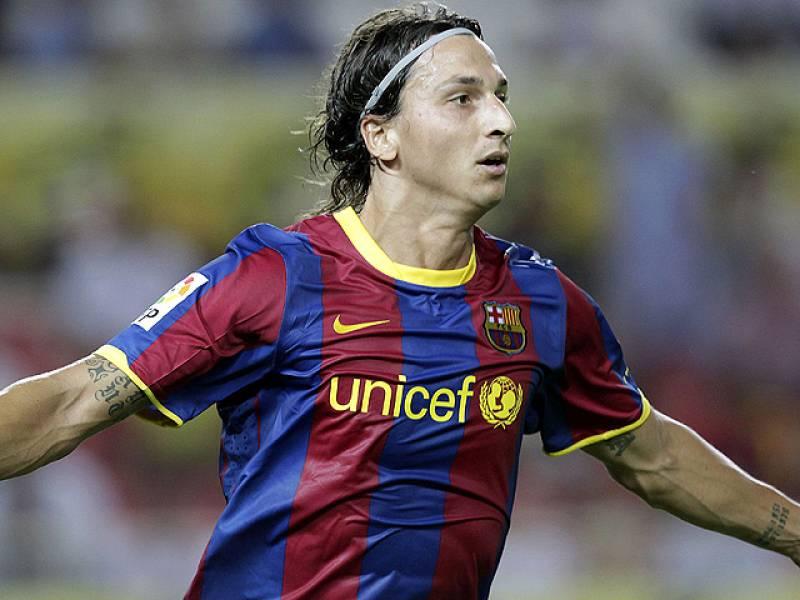 El delantero sueco del Barcelona, Zlatan Ibrahimovic, adelantó al Barcelona en el partido de ida de la Supercopa de España.