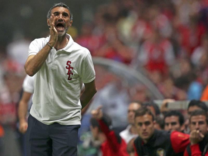 El Sevilla quiere su segunda Supercopa de España ante el Barça en el Camp Nou