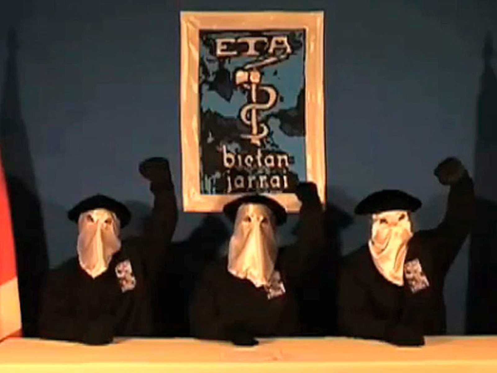 ETA anuncia un alto el fuego en un vídeo difundido por la BBC