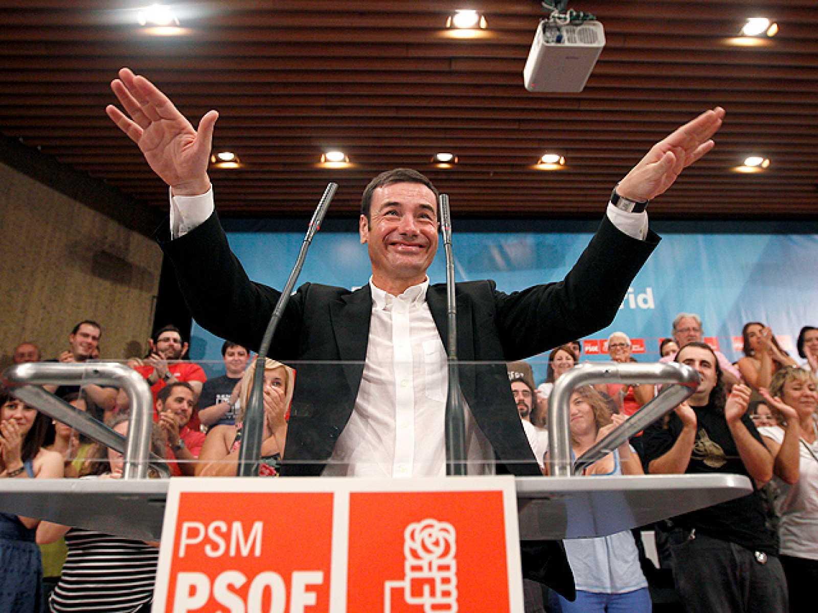 Gómez dice que le pidió a Zapatero que los militantes decidieran