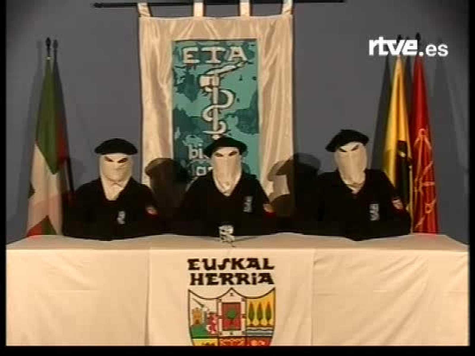 El 22 de marzo de 2006 ETA anuncia un alto el fuego permanente.