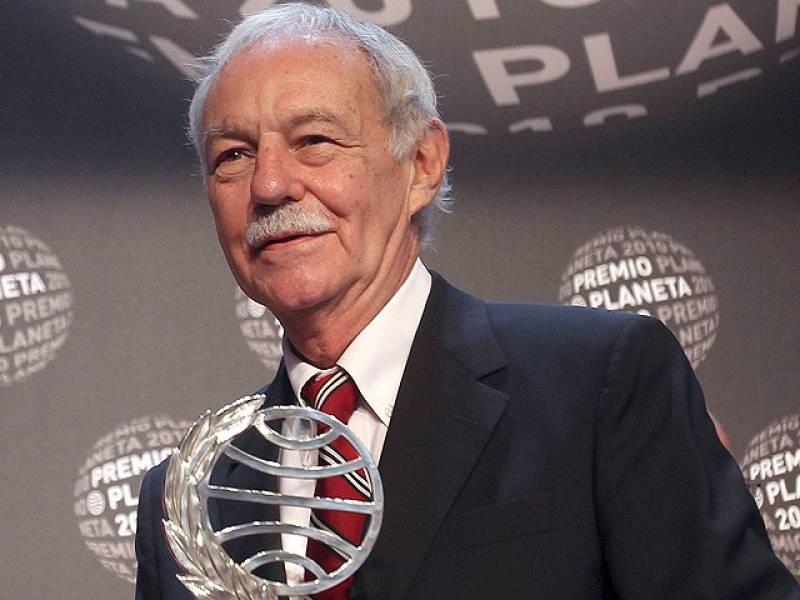Eduardo Mendoza, Premio Planeta