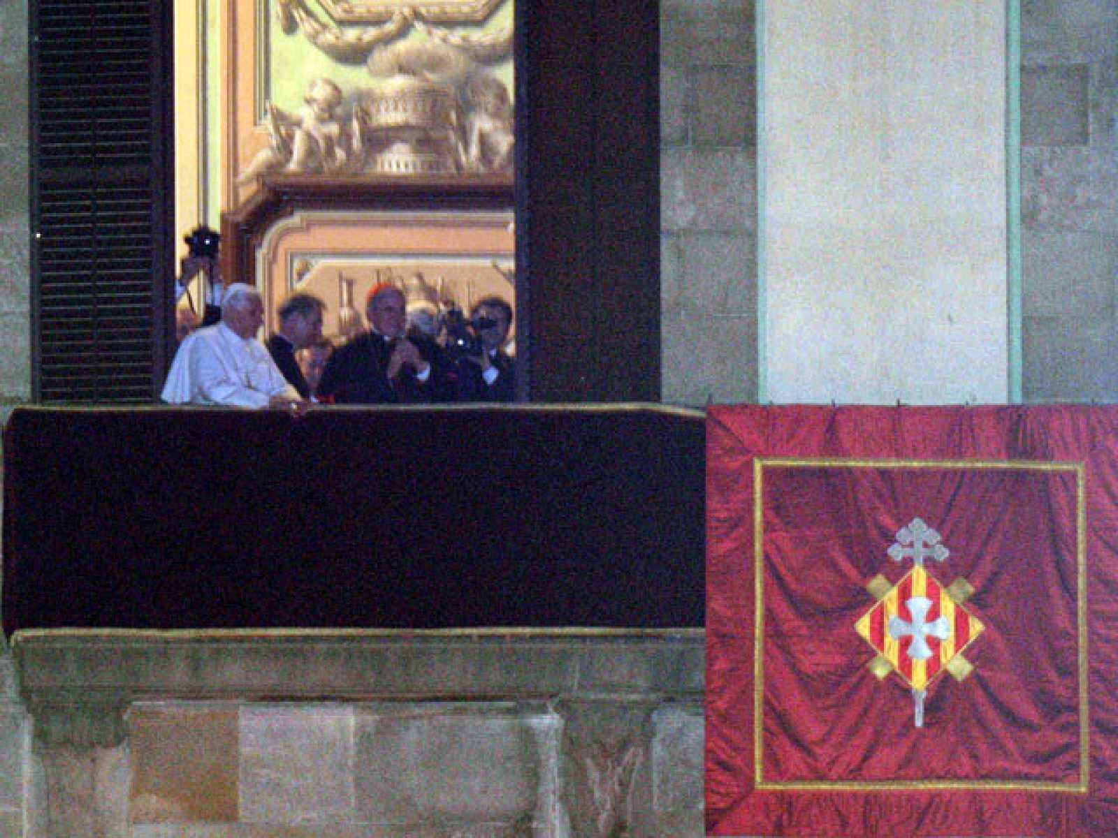Saludo inesperado del Papa a los fieles en Barcelona