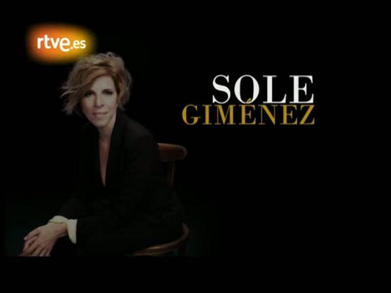 Sole Giménez presenta su nuevo trabajo: 'Pequeñas cosas', un disco de versiones de canciones pop españolas en el que colabora por Joan Manuel Serrat.