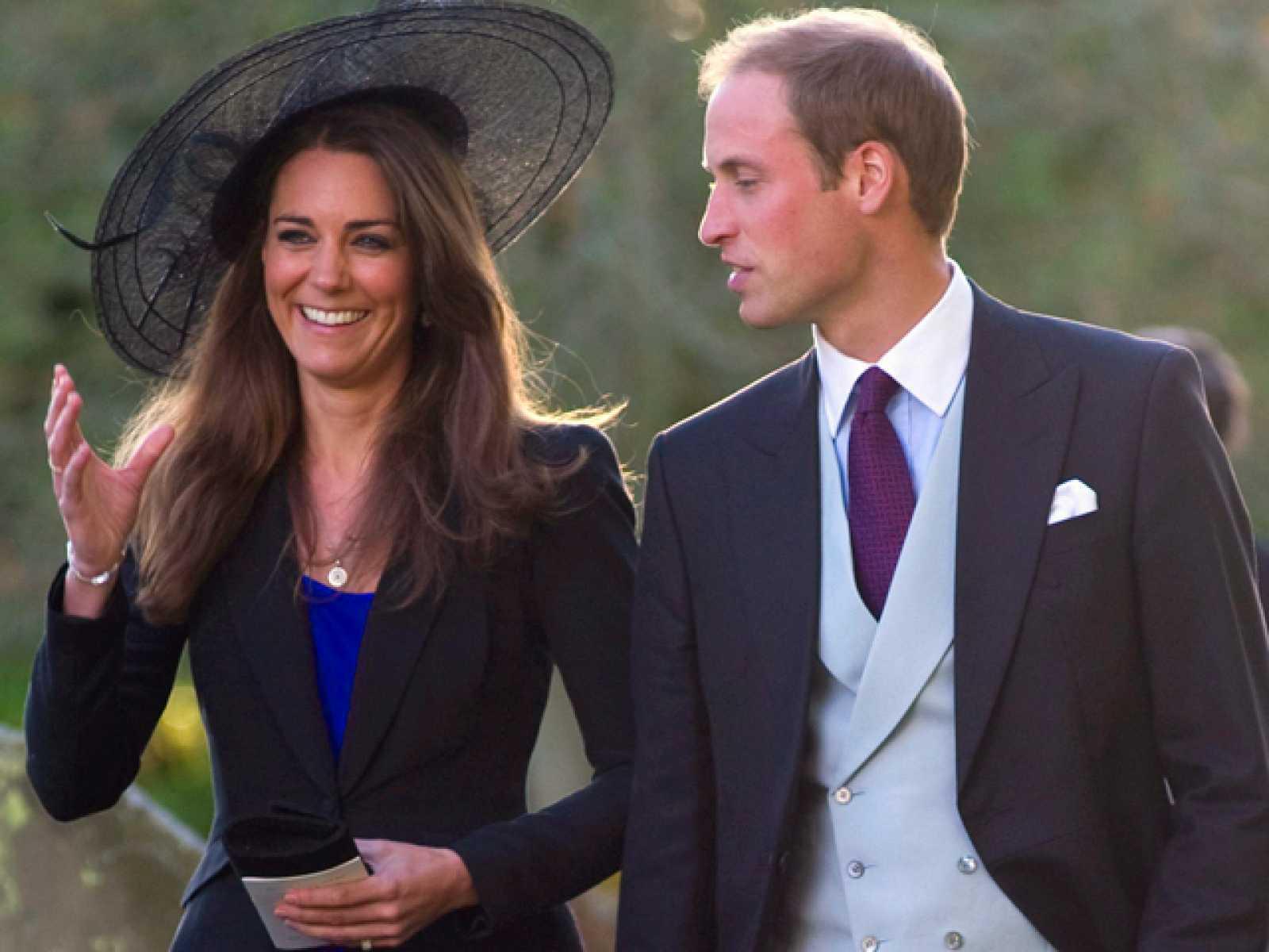 el principe guillermo de inglaterra se casara con su novia kate middleton en 2011 rtve es el principe guillermo se casa