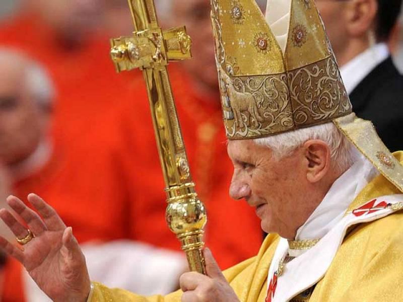 El Vaticano matiza al Papa