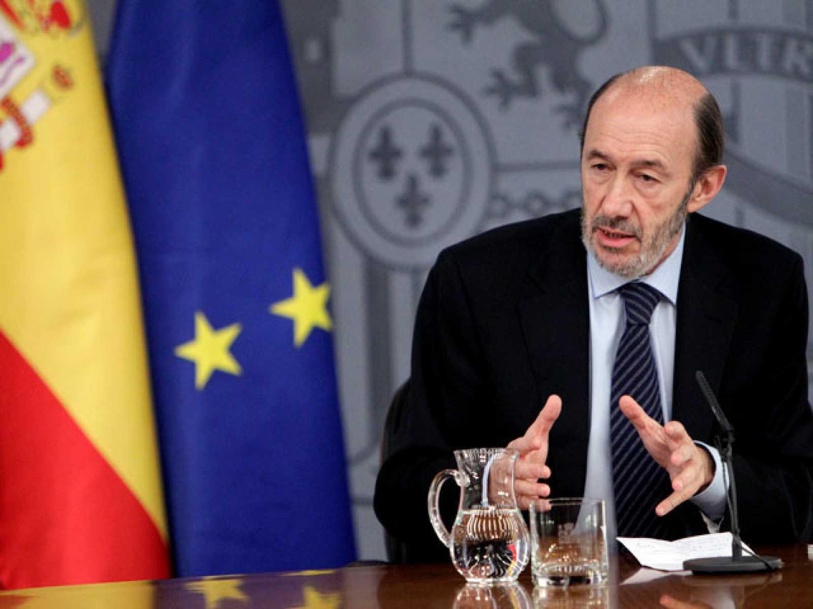 """El Gobierno español declara el """"estado de alarma"""" por situación aeropuertos"""