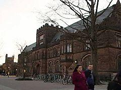 El Nobel de Vargas Llosa repercute en Princeton, la universidad en la que enseña