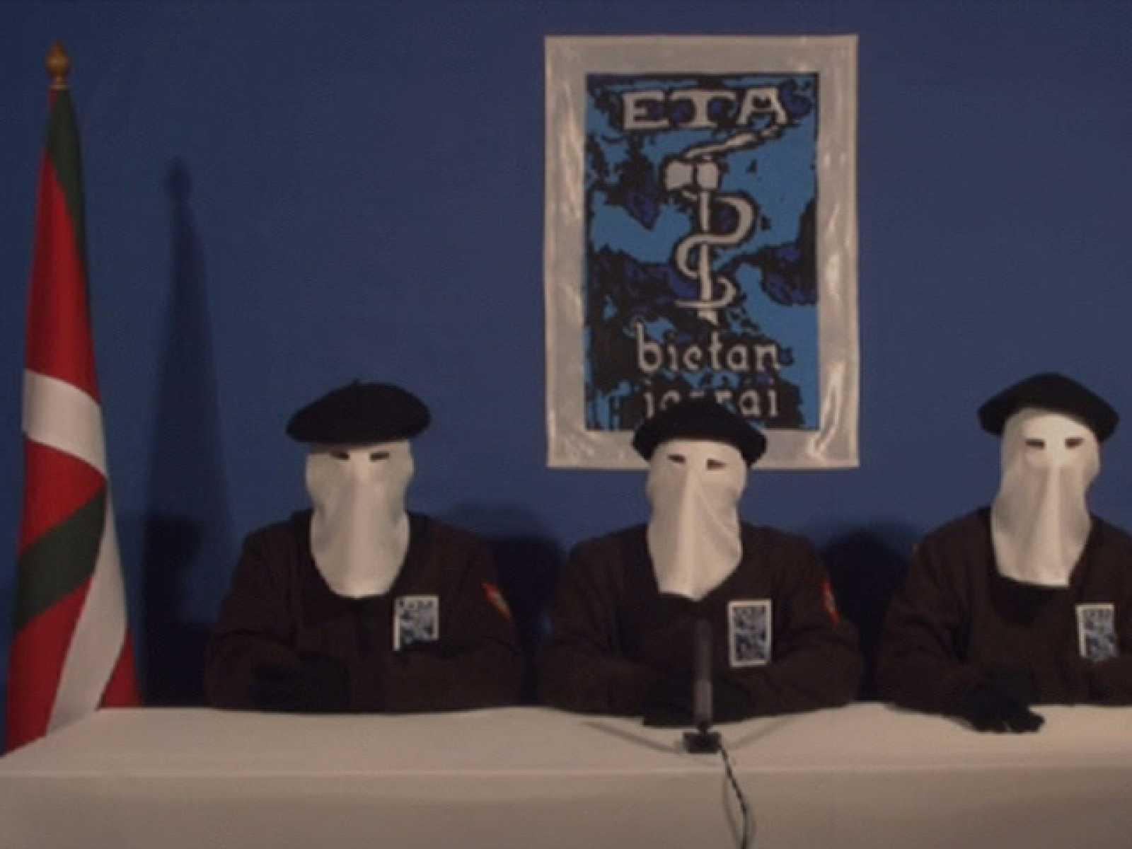"""ETA declara un alto el fuego """"permanente, general y verificable"""", pero no habla de entrega de las armas"""